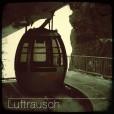 LFR-DR01-Nassfeld-SkiGondolaCabin-Ride-Quiet