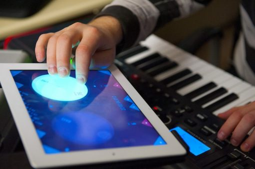 Gesture control your DAW with iPad